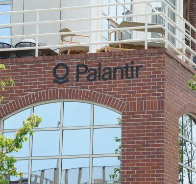 Palantir surges 25% to all-time highs, up 251% since IPO