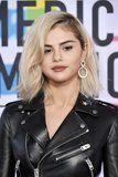 These Are the Hands-Down Hottest Beauty Looks of the 2017 American Music Awards