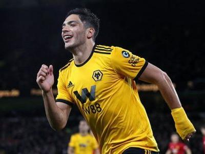 Impressive Wolves beat Manchester United to reach semi-final