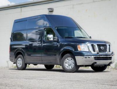 2017 Nissan NV3500 High Roof Tested: Eight for Freight