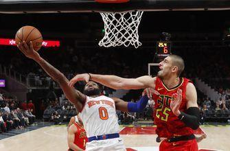 Knicks snap 18-game skid with win over Hawks