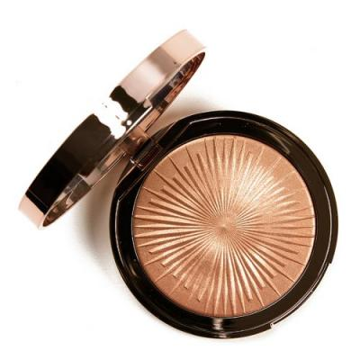 Charlotte Tilbury Magic Star Highlighter Review & Swatches