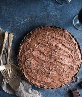 Chocolate Stout Mousse Tart with Pretzel Peanut Crust {Gluten-Free}