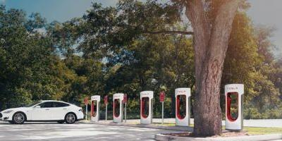 Tesla gives all existing owners free Supercharger use, as well as new referrals