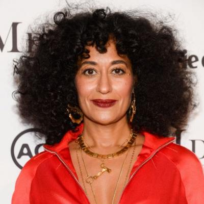 This Is How Tracee Ellis Ross Handles the Awkward Grow-Out Stage of Haircuts
