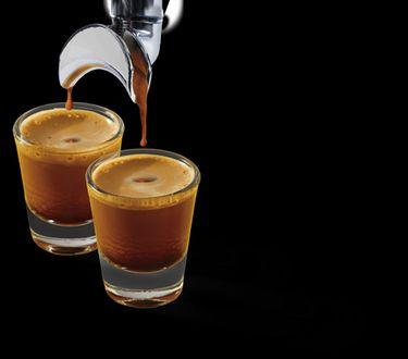 4 Drinks To Order With Starbucks' Blonde Espresso If You Aren't Sure What To Add It To