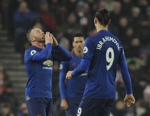 Rooney salvages point for United with club record 250th goal