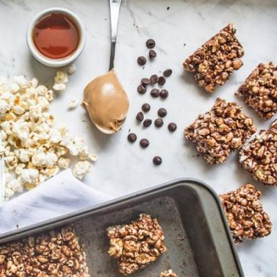 Chocolate Peanut Butter Popcorn Bar