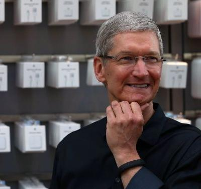 An Apple analyst is saying that next year's iPhones will reportedly use bigger, newly designed batteries