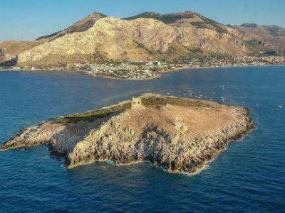 Buy this isle in Sicily from $1.1million