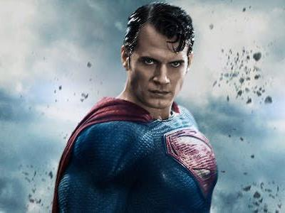 Henry Cavill Responds To Superman Rumors In The Most Bizarre Possible Way