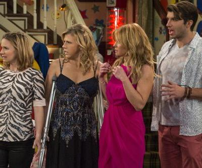 Jodie Sweetin's Real Life Broken Leg Caused Major 'Fuller House' Rewrites