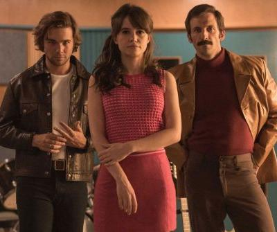 Stream It Or Skip It: '45 RPM' On Netflix, A Spanish '60s-Set Drama About A New Rock Star And The Two People Who Discovered Him