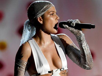 Did You Catch All The Body Makeup At The Billboard Music Awards?