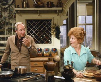 Actress Charlotte Rae, Mrs. Garrett on 'Diff'rent Strokes' and 'The Facts of Life,' dies at 92