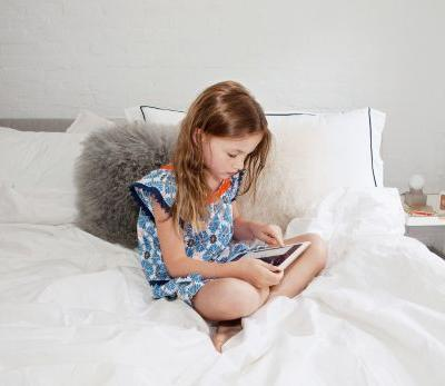 If Your Kids Are Begging For More Screen Time, Make Sure It's Not at This Time of Day