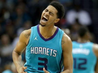 Hornets' Jeremy Lamb hits incredible game-winner from beyond half court