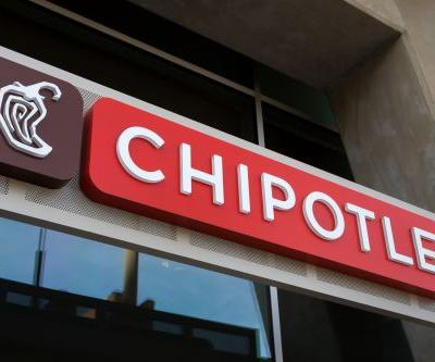 Chipotle closes restaurant after illnesses reported