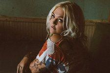 Elle King Crowns Adult Alternative Songs Chart for First Time With 'Shame'