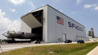 SpaceX ready for first launch after failed Facebook satellite mission