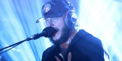 """Watch Bon Iver Perform Stripped-Down """"Babys"""" at Berlin Collaborative Event"""