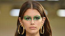How To Wear Glitter Makeup, According To Pro Makeup Artists