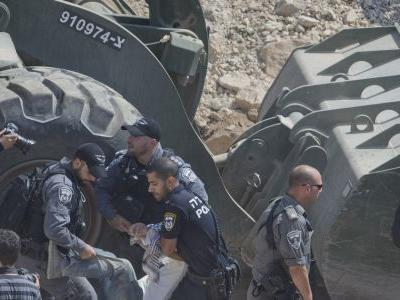 American professor detained by Israel in West Bank scuffle