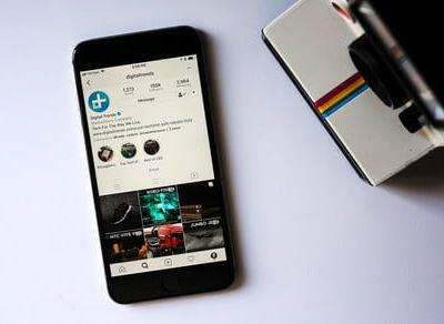 Instagram finally gets that share button in the form of stickers