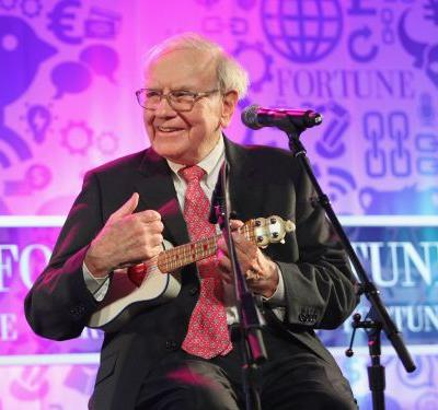 Warren Buffett is the world's third-richest man - see how the notoriously frugal billionaire spends his fortune