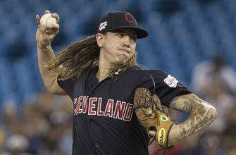 Clevinger wins 3rd straight, Indians beat Blue Jays 7-3
