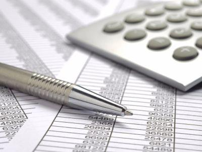Budgeting your personal finances is easier than you might think - this course can help you learn to do it