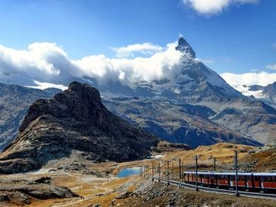8 Spectacular Scenic Train Rides You Need to See to Believe