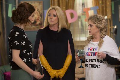 'Unbreakable Kimmy Schmidt' continues its takedown of the Washington Redskins name