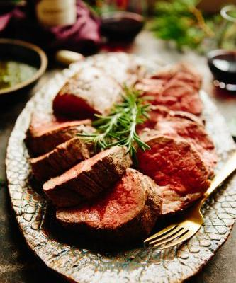 How to Make Roasted Beef Tenderloin and Pair It with Wine