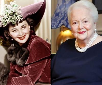Olivia de Havilland, last star of old Hollywood, turns 104