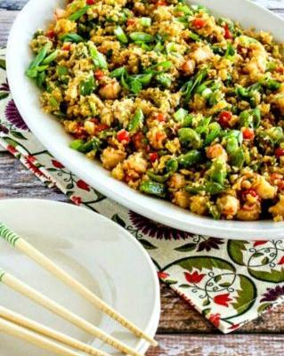 Low-Carb Fried Cauliflower Rice with Shrimp, Sugar Snap Peas, and Red Pepper