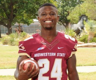 College football player dies after injury during 'routine' tackle