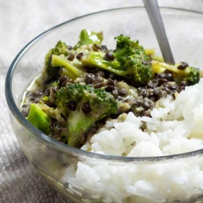 Black Lentil and Broccoli Curry