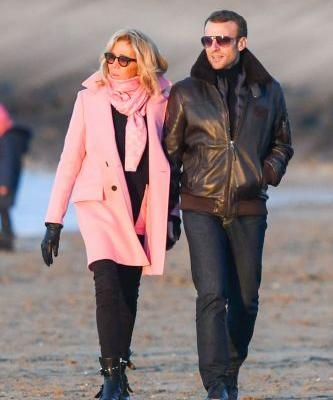 Thanks, Brigitte Macron for the Winter Skinny Jeans Outfit Idea