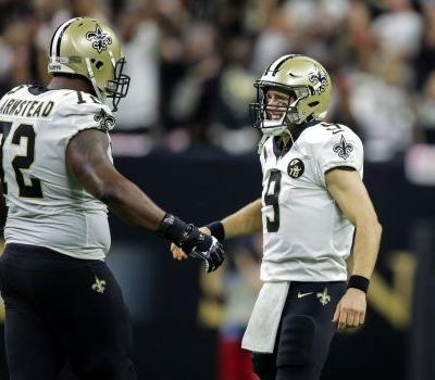 NFL players congratulate Drew Brees on becoming the league's all-time passing leader