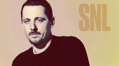 Watch Sturgill Simpson And His 11-Piece Band Perform On 'Saturday Night Live'