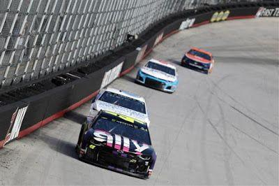 Jimmie Johnson is 25/1 to win 2019 Quaker State 400 at Kentucky