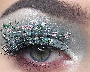Your Jaw Will Drop When You See How This Teen Recreates Famous Works of Art with Only Eyeliner