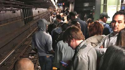 Enraged NY Subway Riders To Storm Governor's Office Because He Won't Fix The Damn Trains