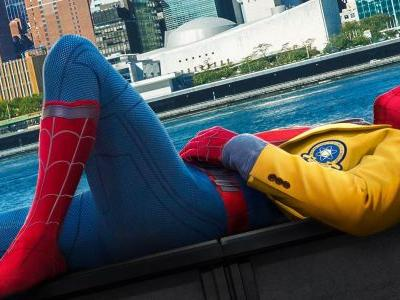 Tom Holland Teases Big Spider-Man: Far From Home Water Stunt