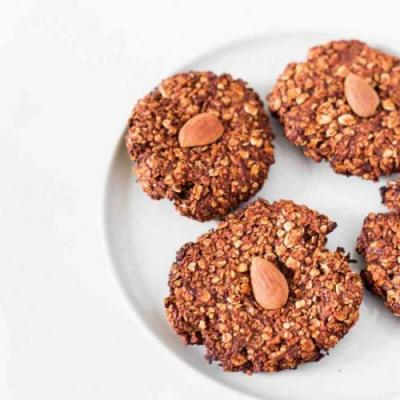 Vegan Chocolate Oatmeal Cookies