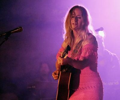 """Watch Margo Price Cover Tom Petty's """"Mary Jane's Last Dance"""" In Moline"""