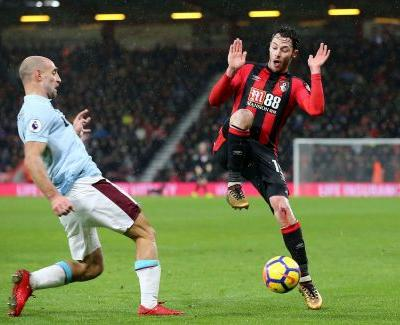 Bournemouth scores late to draw with West Ham 3-3 in EPL
