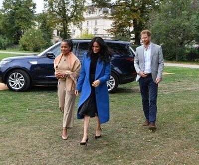 Doria Ragland Will Reportedly Join Meghan Markle For Christmas, Thanks To The Queen's Invite