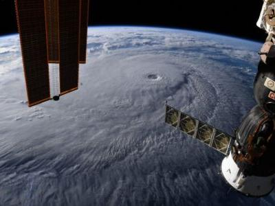 An incredible photo shows Hurricane Lane from space, as the category-4 storm gets closer to hitting Hawaii
